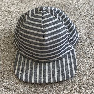 Saturday's NYC men's striped hat